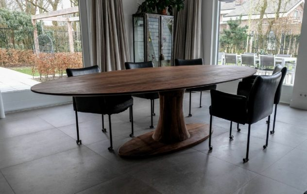 Atoom massief noten houten design eetkamer tafel ovaal