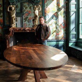 massief noten houten tafel