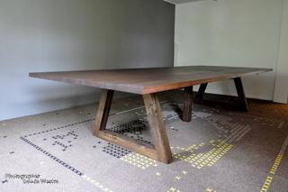 Riedstra massief eiken noten houten design eetkamer tafel 4