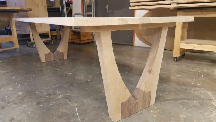 Kathedraal massief eiken houten design eetkamer tafel