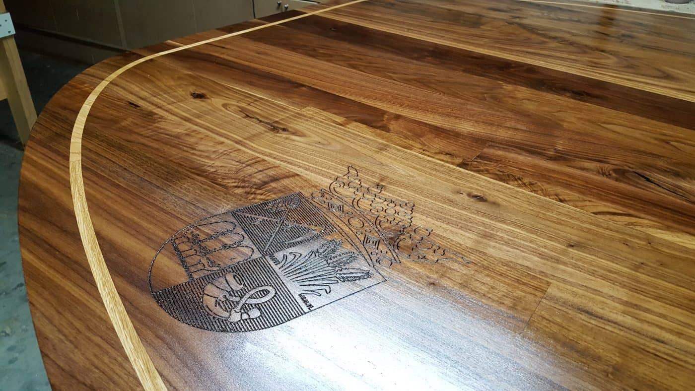 LeHavre massief eiken noten houten design eetkamer tafel ovaal