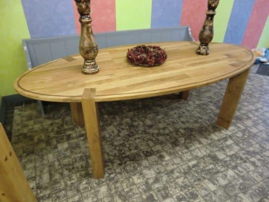 Cailes massief eiken noten houten design eetkamer tafel ovaal