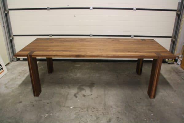 massief eiken noten houten design eetkamer tafel 10