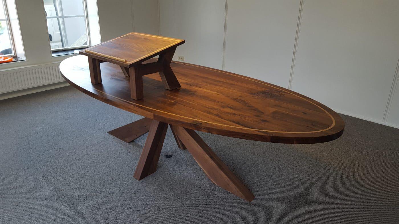 Onderhoud Notenhouten Tafel : Notenhouten tafel op maat gemaakt ovaal rechthoek of rond