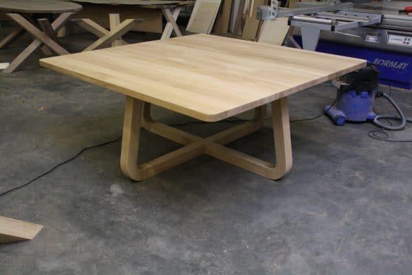 LeQuatre massief eiken design eetkamer tafel vierkant