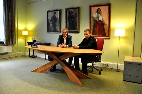 massief eiken houten design eetkamer tafel tweede kamer