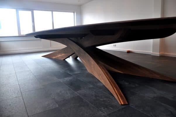 massief noten houten vergader tafel