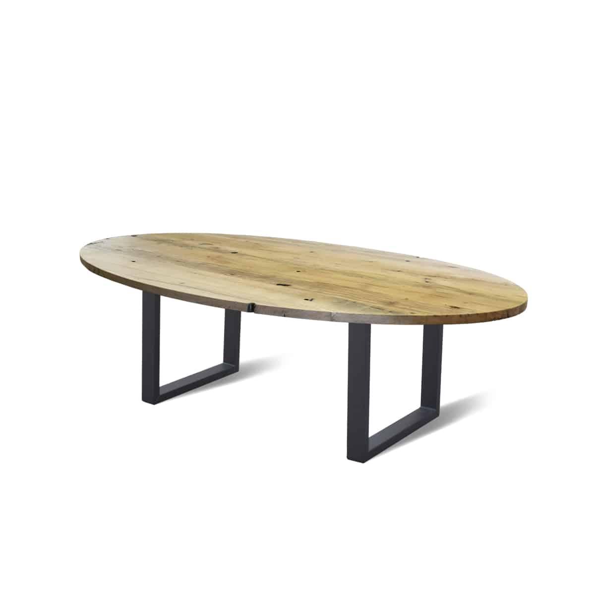 Ovale industriele eetkamer keuken tafel eiken wagonhout geleefd rustiek staal